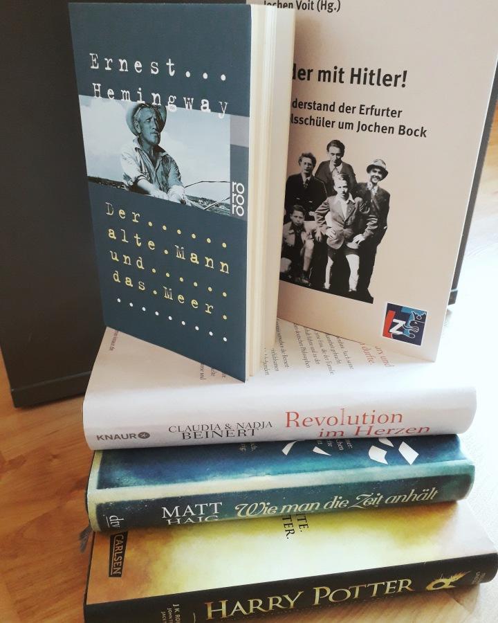 Fünf Bücher, die mich glücklichmachen
